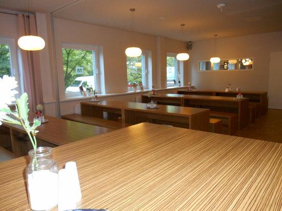 MEININGER Hotel Hamburg City Center: Aufenthaltsraum