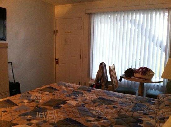 The Ocean Resort Inn: Room 1