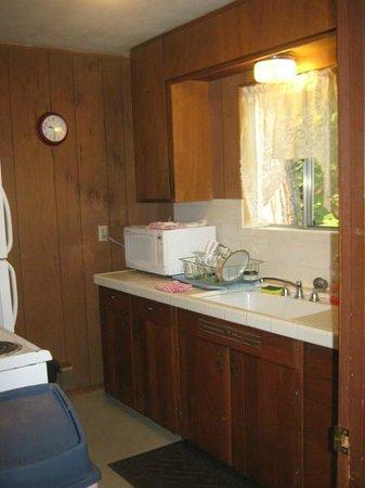 Herrington's Sierra Pines Resort : Kitchen