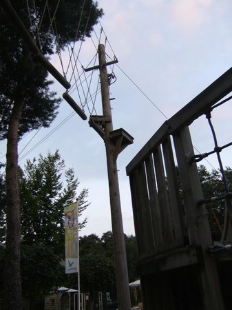 Center Parcs De Kempervennen: High Wire Adventure