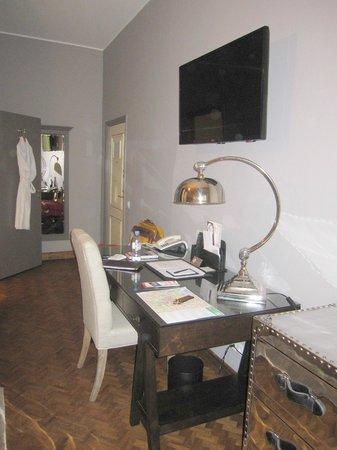 St. Petersbourg Hotel : Perspectiva de la habitación
