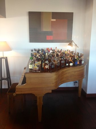 L'Artimon : Piano a whiskies et digestifs