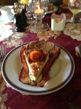 The Village Inn of Woodstock: Quiche Lorraine