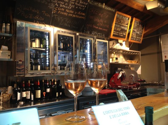 Eataly : Have a glass of wine at the bar