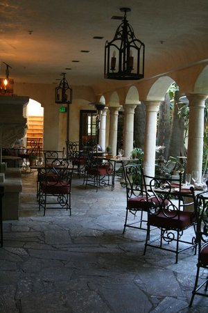 Kenwood Inn and Spa, A Four Sisters Inn: Restaurant for breakfast or dinner