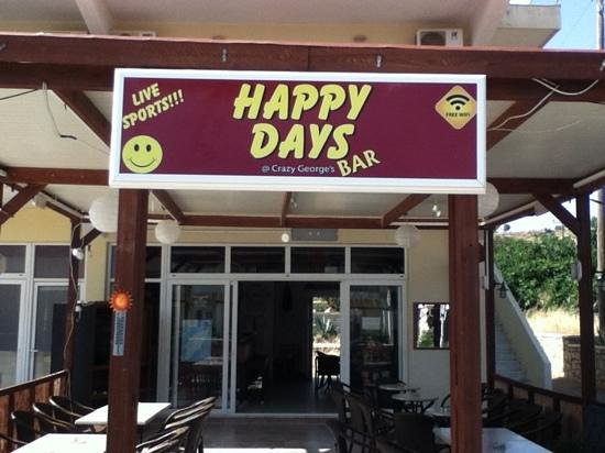 Happy Days Bar: live sports with English commentary. free wi-fi. British run bar. I've cold drinks. milk shakes.