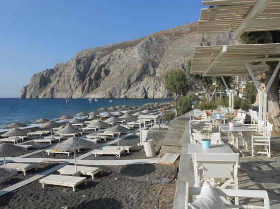 Bellonias Villas: Elia's terrace overlooking the beach - beautiful
