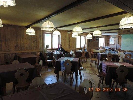 Hotel Chalet Des Alpes : La salle à manger