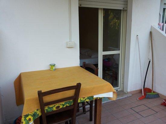 Hotel Residence Matu Maloa: veranda