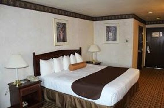 Best Western Plus Rama Inn & Suites: Chambre