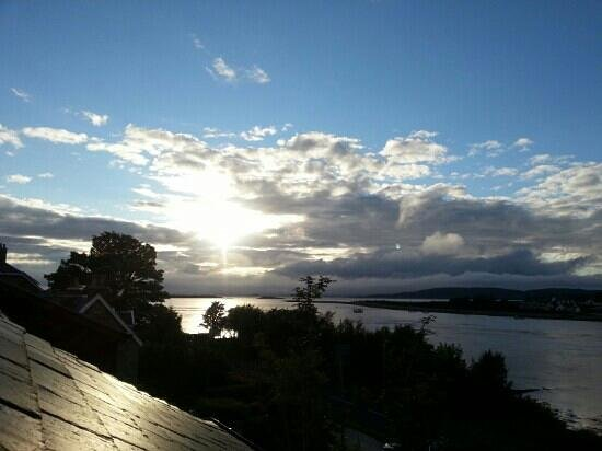 Strumhor: Sunset from the conservatory.