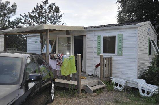 Camping La Pierre Verte : Un mobilhome