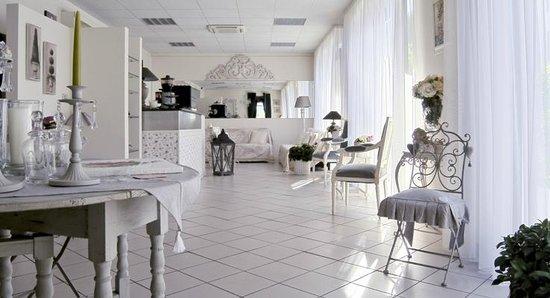 Nice Hotel Ronchi: Hall