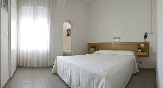 Nice Hotel Ronchi: Camera