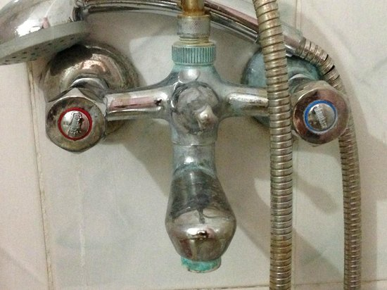 Prestige Residence Hotel: dusj un ve musluklarin gorunumu