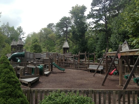 The Village Green: Childrens' playground