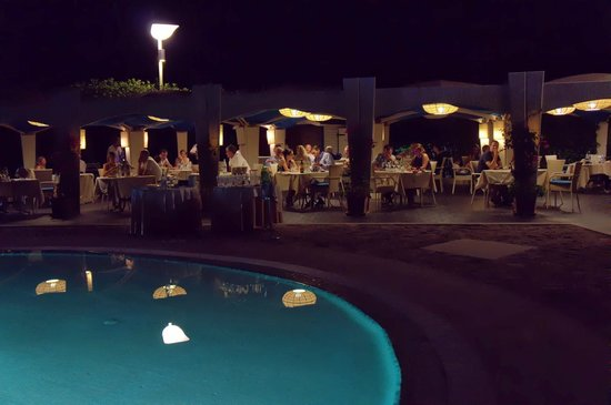 Hotel Principe di Fitalia Wellness & SPA: The grand buffé