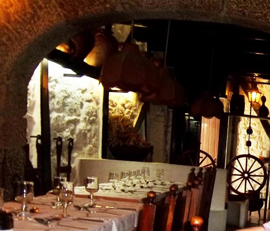 Os Tres Potes: Vistas restaurante