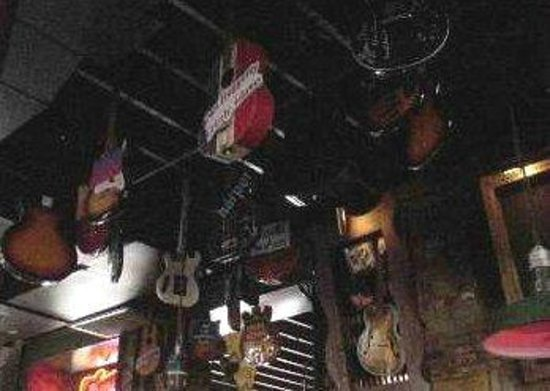 Rum Boogie Cafe: Hanging guitars.