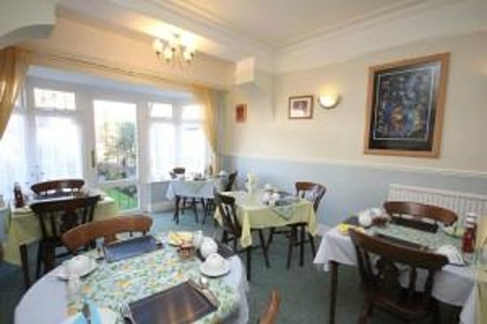 Lorna Doone Guest House : Disney Inspired Dining Room