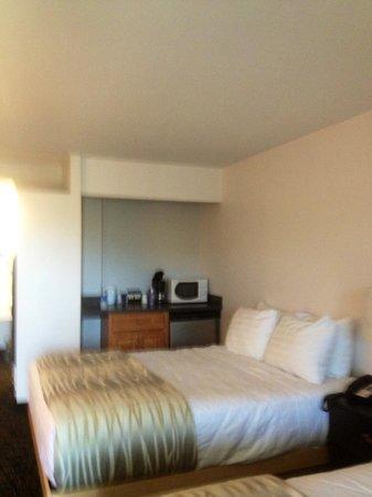 Periwinkle Inn: M3 Room