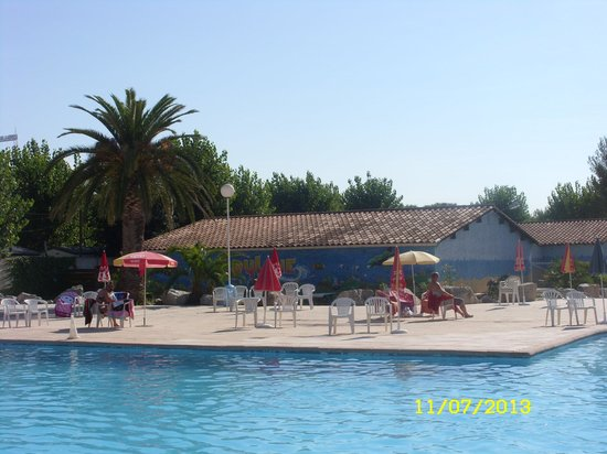 CAMPING du PYLONE: The pool