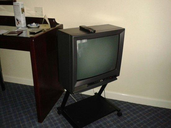 Best Western Heronston Hotel & Spa: TV - Circa 1983