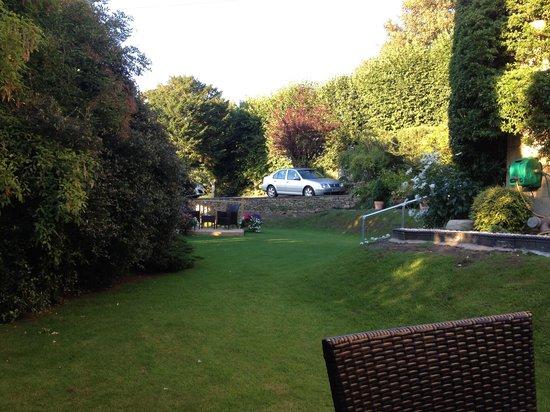 Oldfields House: Gardens