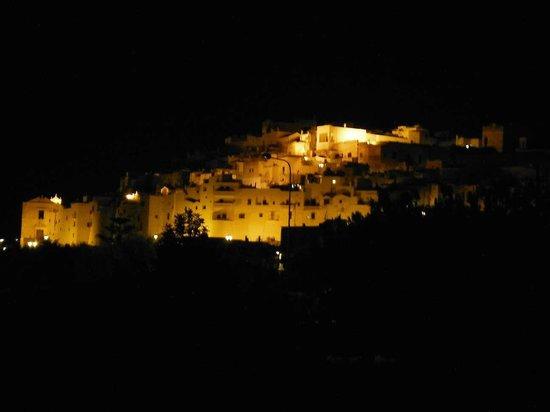 Masseria De Michele: ostuni by night