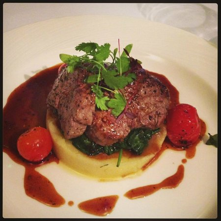 47 King Street West Restaurant, Bar & Tea Rooms: Steak for mains... Lush