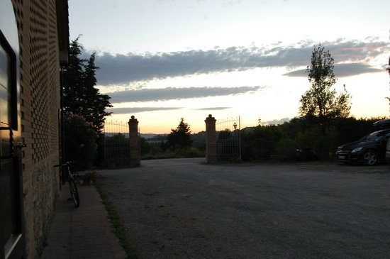 Agriturismo Canale: panorama al tramonto