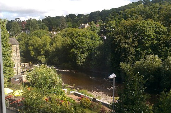 The Hand Hotel: The view from our room, looking out towards the River Dee