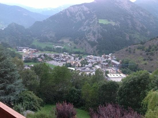 Hotel Babot: view from the hotel Ordino side