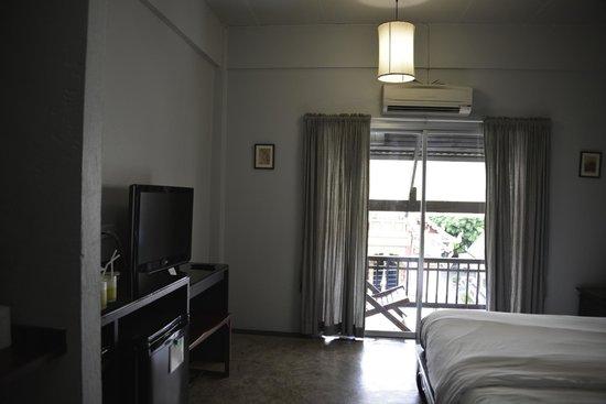 Pat's Klangviang: Room