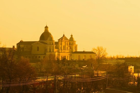 Lutsk: St. Peter and St. Paul Cathedral at sunset