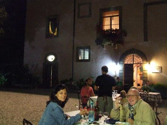 Agriturismo Le Caselle: supercena in una fresca serata di agosto  a LE CASELLE
