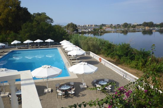 Margarona Royal Hotel: Θέα από τραπεζαρία - μπροστινά δωμάτια