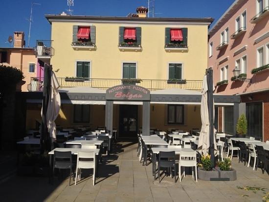 Ristorante Pizzeria Belgau : Classic Italian restaurant