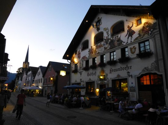 Gasthof Fraundorfer in evening