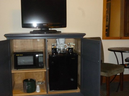 Silver Moon Inn: Microwave & Refrigerator