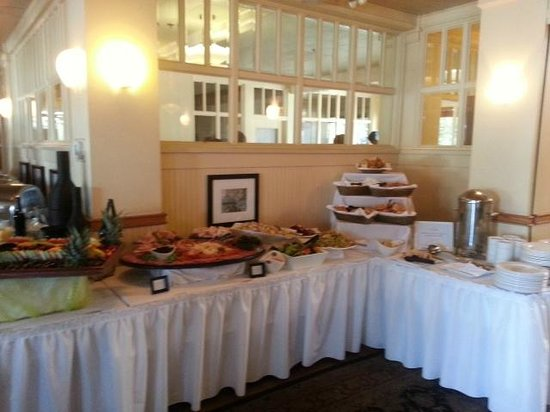Lakeside Dining Room Buffet