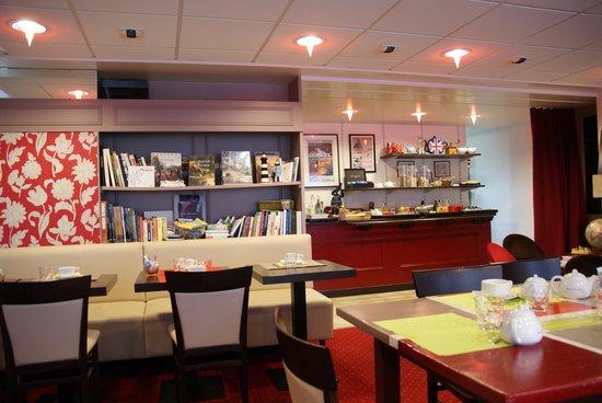 Hôtel La Résidence des Artistes : Breakfast
