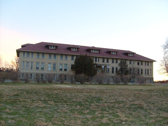Gooding University Inn & Resort
