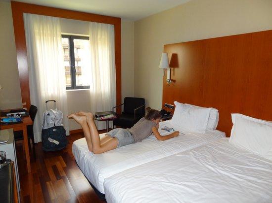 AC Hotel Tarragona: chambre