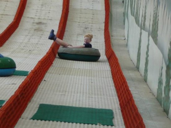 Twinlakes Park: Do-nuts on the Dry Ski Slope
