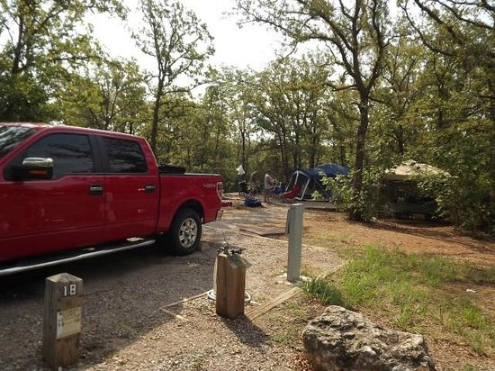 Chickasaw National Recreation Area: Our camp spot at Buckhorn (inside Chickasaw Rec Center)