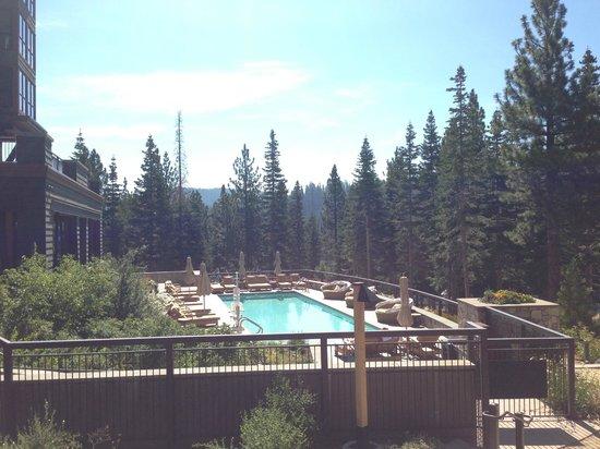 The Ritz-Carlton, Lake Tahoe: The Adult Quiet Pool area