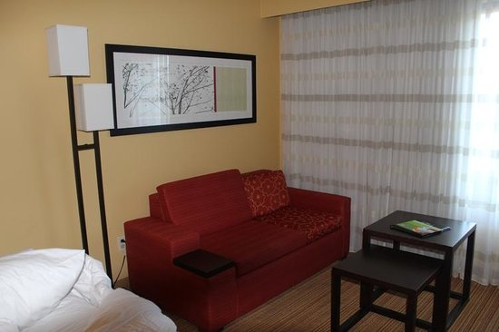 Courtyard By Marriott: a view of the sofa sleeper
