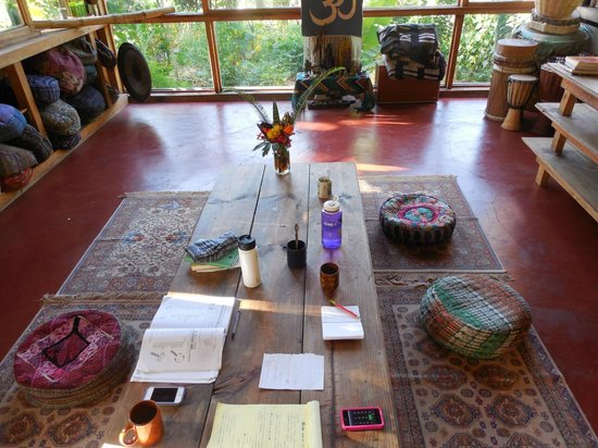 Mystical Yoga Farm: Dining room and gathering place