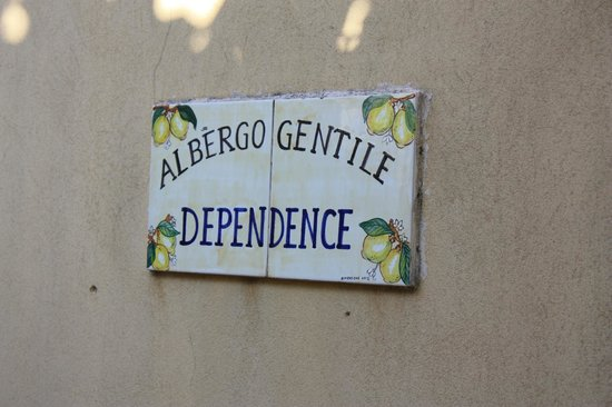 Hotel Gentile: the dependence